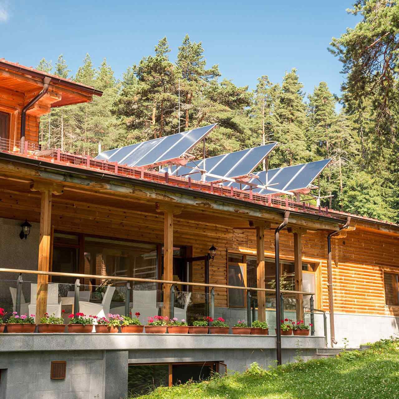 https://solarpanels-sanantonio.com/wp-content/uploads/2018/09/gallery_projects_11-1280x1280.jpg