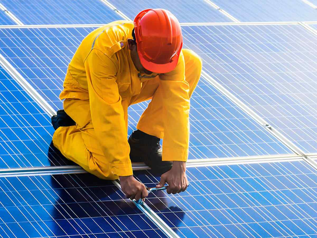 https://solarpanels-sanantonio.com/wp-content/uploads/2018/10/inner_service_01.jpg